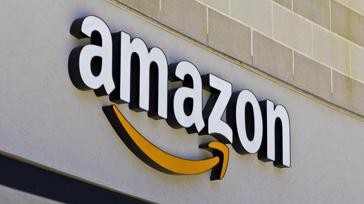 photograph of Amazon Go store front sign