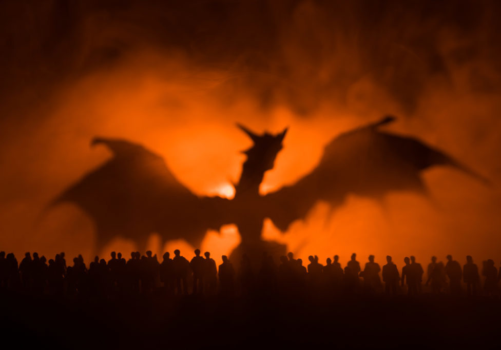 Dragon preparing to fight army of the dead